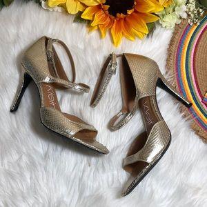 Calvin Klein Women's Nadeen Heeled Sandal 10